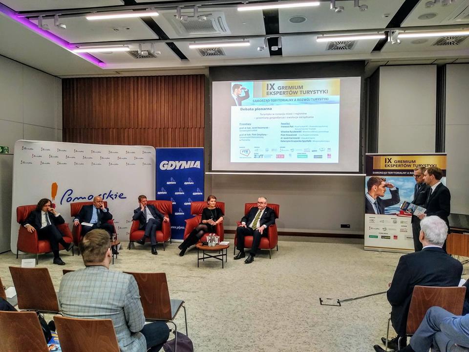Debata plenarna IXGET